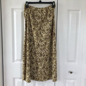4/$25 Kathie Lee Collection Sunflower Print Skirt